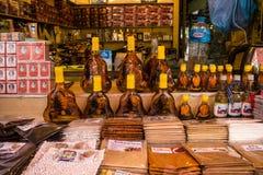 De Oude Markt met vele herinneringsopslag in Siem oogst, Kambodja stock foto