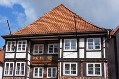 De oude middeleeuwse bouw in Hameln, Duitsland Stock Fotografie