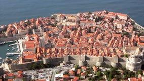 De oude muren van de steenstad van Dubrovnik. stock footage