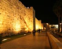 De oude Muur Jeruzalem van de Stad bij Nacht royalty-vrije stock foto