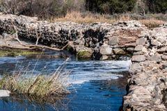 De oude Opdrachtdam bij Opdrachten sleept Regionaal Park Royalty-vrije Stock Afbeeldingen