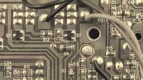 De oude raad van de film Groene kring - Micro-electronische componenten stock footage