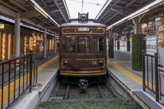 De oude Randen-tram van Kyoto bij de post, Japan royalty-vrije stock foto's