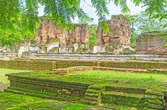 De oude ruïnes in mos Royalty-vrije Stock Afbeelding