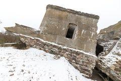 De oude ruïnes van het oorlogsfort op het strand Royalty-vrije Stock Afbeeldingen
