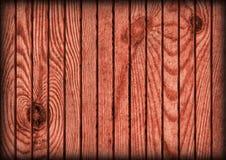 De oude Rustieke Kastanjebruine Rode Textuur van de Bevloeringsvignetted Grunge van het Pijnboomhout Royalty-vrije Stock Afbeeldingen