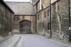 De oude Scène van de Stadsstraat in Oxford Engeland stock foto