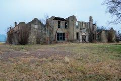 De oude School brandde in Moshiem Texas plat Stock Fotografie