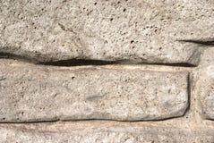 De oude sjofele bakstenen muren voor de achtergrond Stock Afbeeldingen