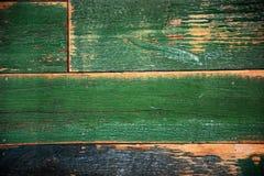 De oude sjofele houten oppervlakte schilderde groen royalty-vrije stock foto
