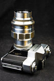 De oude sovjetcamera Zenit van filmslr - B met lens Jupiter-11 Royalty-vrije Stock Foto