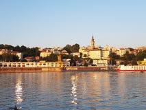 De oude stad van Belgrado in zonsondergang Stock Afbeeldingen