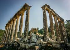 De Oude Stad van Euromoseuromus Soke - Milas-weg, Mugla, Turkije De tempel van Zeus Lepsynos werd gebouwd in de 2de eeuw stock foto's