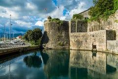 De oude stad van Kotor, vesting Stock Afbeelding