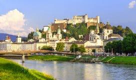 De oude stad van Salzburg Stock Afbeeldingen