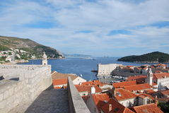 De oude stadsmuur van Dubrvonik, Kroatië Stock Foto