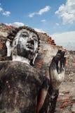 De oude standbeelden van Boedha in Thailand Stock Fotografie