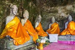 De oude Standbeelden van Boedha, Wat Pha lat, Chiangmai Thailand royalty-vrije stock fotografie