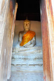 De oude steen Boedha in de tempel Royalty-vrije Stock Afbeelding