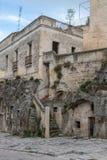De oude straat van Matera stock fotografie