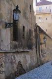 De oude straat van Praag Stock Fotografie