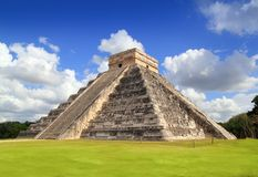 De oude tempel Mexico van de piramide van Chichen Itza Mayan Stock Foto's