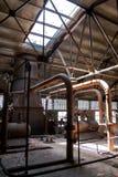De oude thermische elektrische centrale, roestig en retro ziet eruit royalty-vrije stock foto