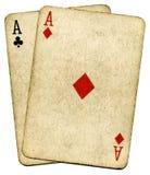 De oude uitstekende vuile kaarten van de azenpook. Stock Foto's