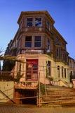 De oude verlaten bouw Stock Foto's