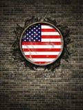 De oude vlag van de Verenigde Staten van Amerika in bakstenen muur Stock Foto's