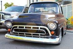 De oude zwarte Vrachtwagen van Chevrolet Royalty-vrije Stock Afbeeldingen