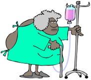 De oude vrouw die een het ziekenhuistoga dragen, opent in de rug stock illustratie