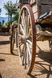 De oude Wielen van de Wagen van het Westen royalty-vrije stock foto's