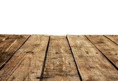 De oude wijnoogst planked houten lijst in perspectief op wit stock afbeeldingen