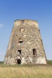 De oude windmolenruïnes Stock Fotografie