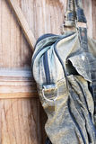 De oude zak van het schil zwarte leer Stock Foto