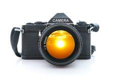 De oude Zwarte Camera van SLR op Witte Achtergrond Stock Fotografie