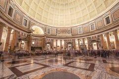 De oudste bouw in het het Pantheonbinnenland van Rome Royalty-vrije Stock Foto