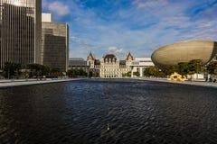 16 de outubro de 2016, Albany, Capitólio dos Estados de Nova Iorque, skyline e construções do governo em outubro Foto de Stock