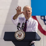 13 DE OUTUBRO DE 2016: Campanhas do vice-presidente Joe Biden para Nevada Democratic U S Candidato Catherine Cortez Masto do Sena Fotos de Stock Royalty Free