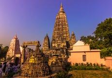 30 de outubro de 2014: O templo budista de Mahabodhi em Bodhgaya, Ind Imagem de Stock