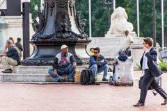 2 de outubro de 2014: Washington, C.C. - pessoa que viaja através da união Imagens de Stock
