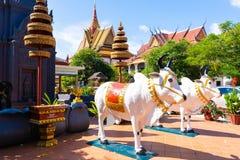 26 de outubro de 2018 - Siem colhe:: escultura em Wat Preah Prom Rath imagens de stock royalty free
