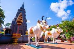 26 de outubro de 2018 - Siem colhe:: escultura em Wat Preah Prom Rath imagem de stock royalty free