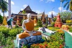 26 de outubro de 2018 - Siem colhe:: escultura em Wat Preah Prom Rath fotos de stock
