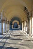 De Overwelfde galerij van Ducale van Palazzo Stock Fotografie