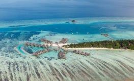 De overzeese toevlucht van de Maldiven in het gebied van het het Noordenatol Stock Foto