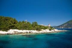 De overzeese van het de zomerstrand van Vathygriekenland reis blauwe hemel van Europa stock foto