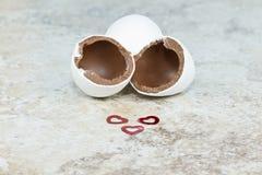 De paaseieren van de liefdechocolade Stock Afbeeldingen