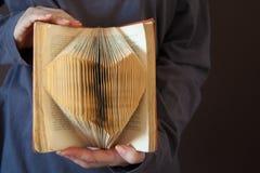 De pagina van het hartboek - uitstekende effect stijlbeelden royalty-vrije stock afbeelding